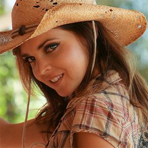 Brooke Thomsen Daisy Dukes