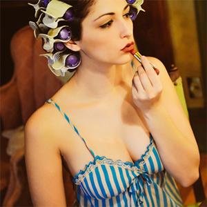 Carlotta Champagne Steam Punk Salon