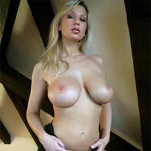 Carol Goldnerova Great Boobs