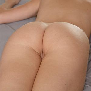 Cole Esenwein Nude Zishy