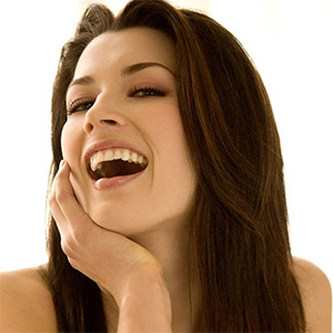 Courtney Anne Cute Smile Playboy
