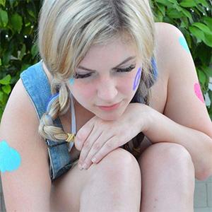 Danielle FTV Hippy Girl Paints