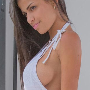 Denisse Gomez Perky Latin Beauty