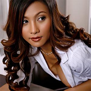 Erena Pine Sexy Nude Secretary