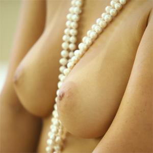 Eva Lovia Sexy Pearls