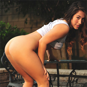 Eva Lovia Outside