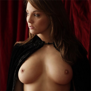 Fanielle of Tynara Bare Maiden