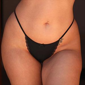 Frankie L Those Festive Hips