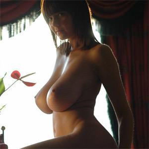 Gabrielle Nude Erotic