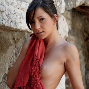 Gina Red Shawl