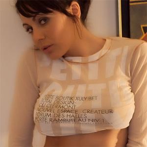 Gina Busty Breathtaker
