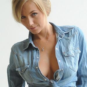 Hayley Marie Stool