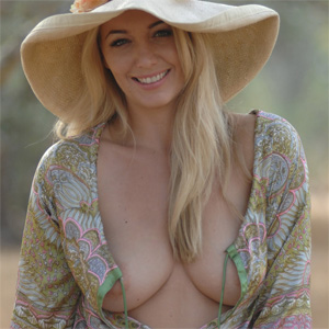 Hayley Marie Flower Dress Nudes