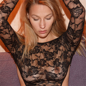 Heidi Bichette Black Lace Zishy