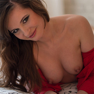 Jeny Smith Nude Fun In Bed