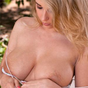 Jodie Piper Backyard Twistys