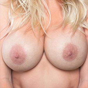 Kari Nautique Rolling Around Until Shes Naked