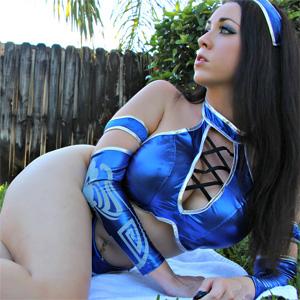 Kayla Kiss Kitana Costume