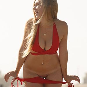 Kayla Linchek Blonde Beach Babe Zishy