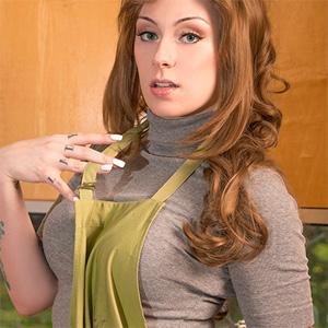 Kearstin My Geek Goddess