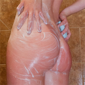 Kelly Lamprin Soapy Shower