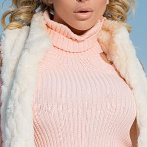 Khloe Terae Sexy Ski Bunny