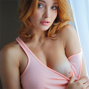 Kika Beautiful Redhead Strips