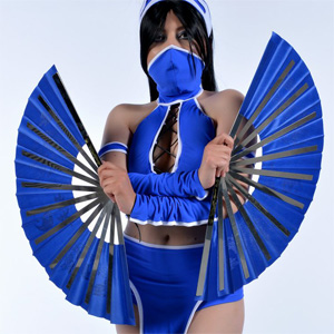 Kitana Mortal Kombat Cosplay Mate