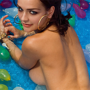Kristen Pyles Nude Pool Adventure