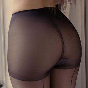 Laura Dore Legs