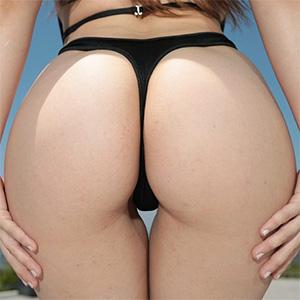 Lena Paul Shows Off Her Wonderful Ass