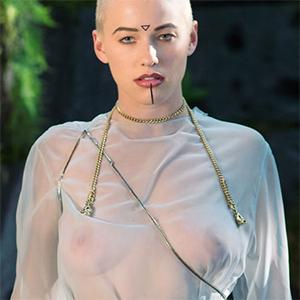 Lumi Of Opila Sexy Bare Maiden