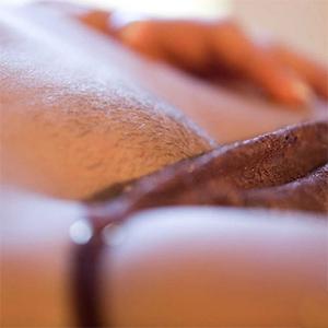 Mia Malkova Takes Off Her Panties