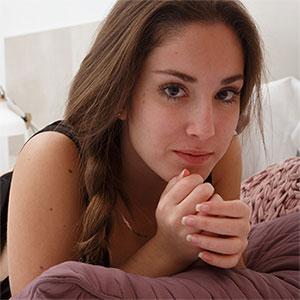Mireia Cabello Nude Tanlines Zishy