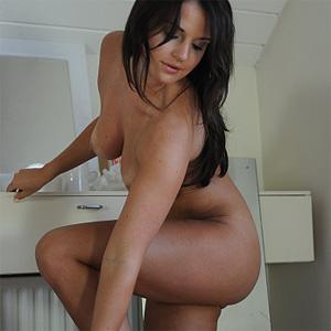 Naomi Raine Lotion