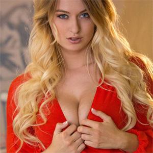 Natalia Starr Secretary Digital Desire