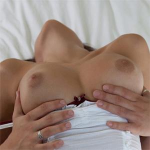 Nina Sexy Sojourn