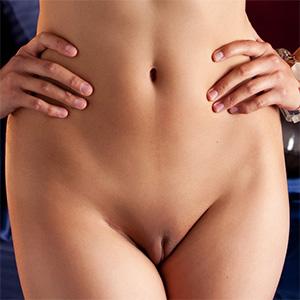 Raquel Pomplun Exotic Nude Playmate