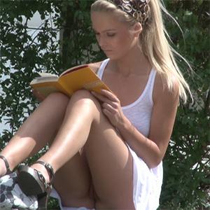Nude Reading Frivolous Dress Order
