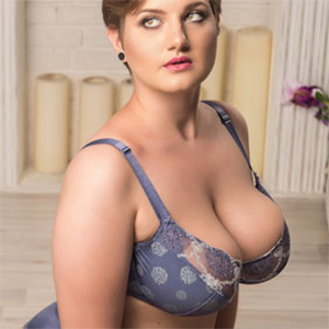 RimmaSugar Super Busty Webcam Model