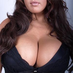 Robyn Alexandra DD Beauty