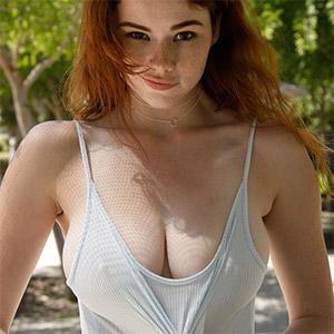 Sabrina Lynn Beautiful Redhead Zishy