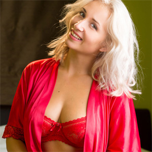 Sapphire Red Robe Naked Doll