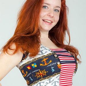 Sara Nikol Beautiful Redhead Gets Naked