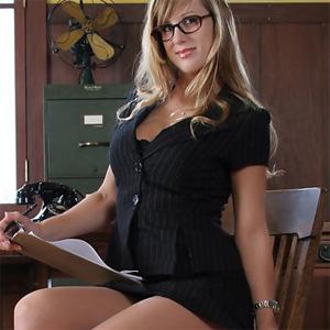Sarah Sexy Nylons