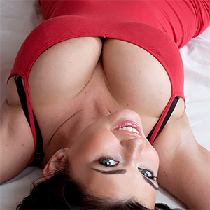 Sha Rizel Busty In A Red Dress In Bed