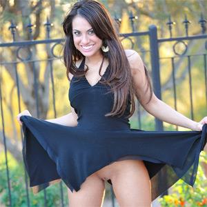Shana Sensual Girl