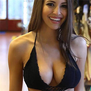 Shelby Chesnes Busty Brunette Playmate