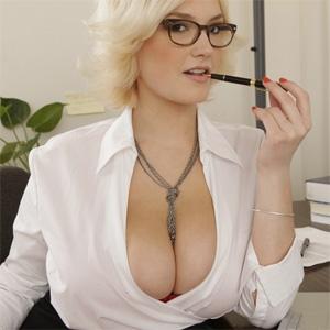 Siri Busty Secretary