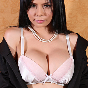 Susana Business Casual Asian Beauty